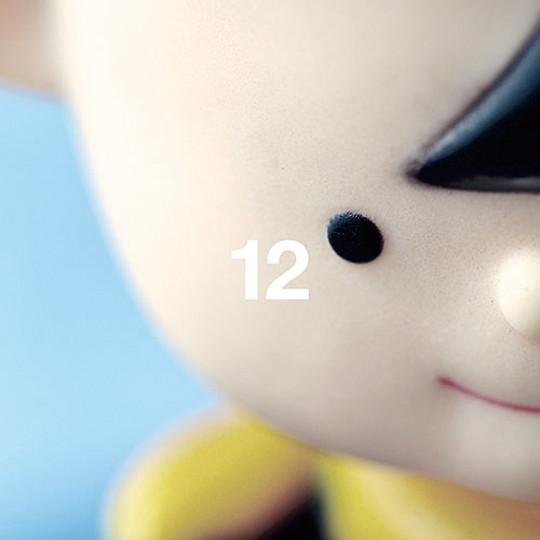 12(初回盤)